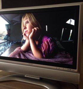 ЖК телевизор Sharp Aquos 32 '(81 см)
