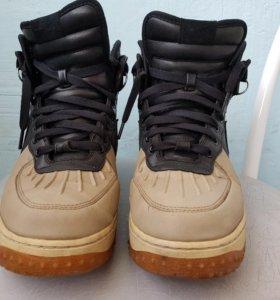 Теплые кроссовки Nike Air Force 1 Duckboot
