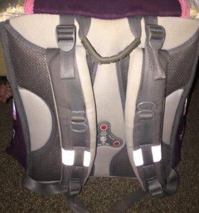 Рюкзак школьный( ранец)