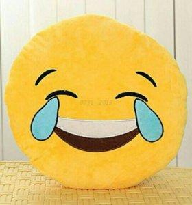 Новая подушка смайлик emoji