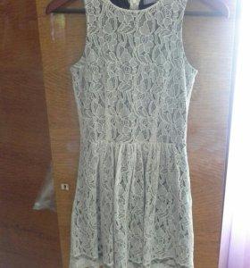 Кружевное летнее платье.