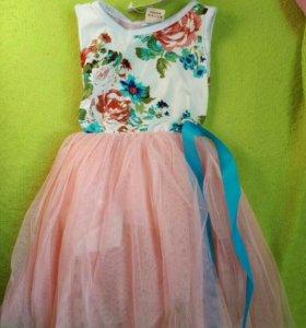 Платье новое на годик