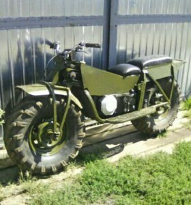 Полноприводный мотоцикл.