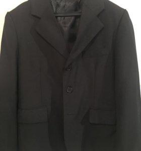 Пиджак черный классик