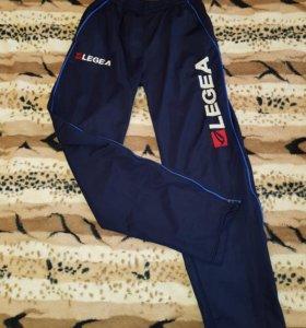 Спортивные штаны LEGEA