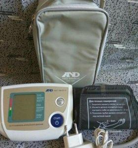 Прибор для измерения артериального давления...