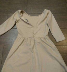 Платье stradivarius б/у