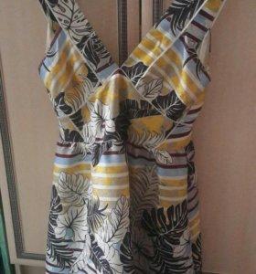 Продам новое платье женское