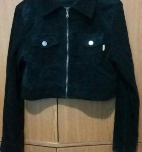 Велюр пиджак.
