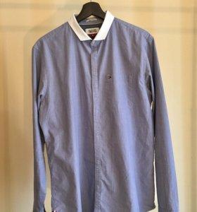 Рубашка Tommy Hilfiger Denim с белым воротничком