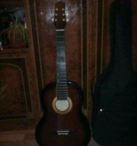 Гитара акустическая 6 струнка