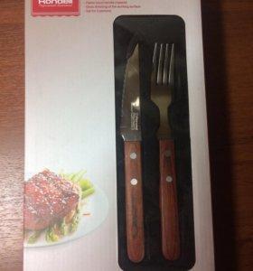 Набор для стейка 4 предмета ( 2 вилки , 2 ножа).