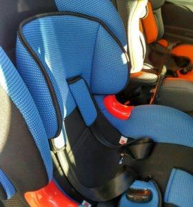Детское автомобильное кресло Siger Kokon