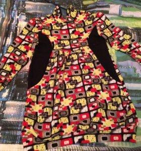 Платье на малышку разноцветное
