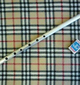 Две флейты зa 1500 pyб.