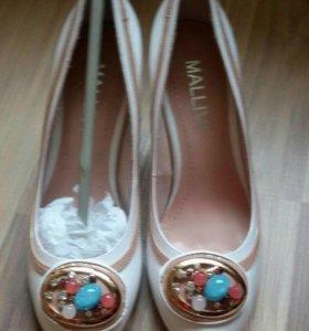 Новые туфли(натур.кожа),35-36