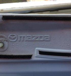 Оригинальный спойлер от Mazda 3 хетчбэк 2012 года