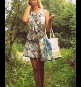 Платье голубое с золотым