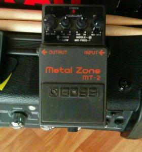 Гитарный эффект Boss MT-2