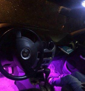 RGB Подсветка ног в авто