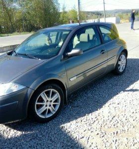 Renault Megan купэ