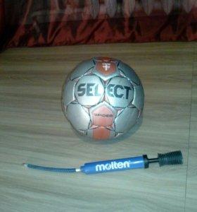 Футбольный мяч +насос