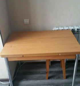 Стол кухоный продам