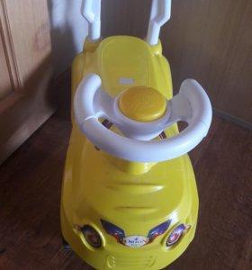 Машина детская (толокар)