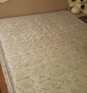 Кровать двухспальная с тумбочками(2шт.)