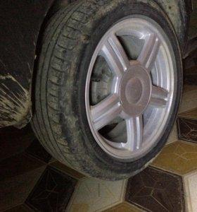 Торусы и шины идеальном состоянии 15екахама с драй