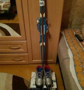 Лыжи 1,5 метра,ботинки 32 размера +палки