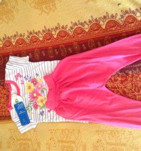 Комплект для девочки(футболка и штанишки)