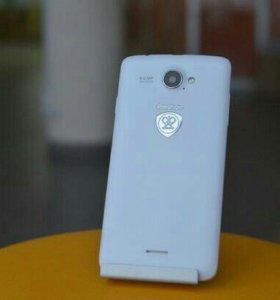 Prestigio MultiPhone 5507 DUO.
