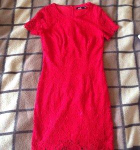 Красное платье Zolla