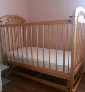 Детская кроватка качалка с матрасом