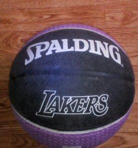 Баскебольный мяч