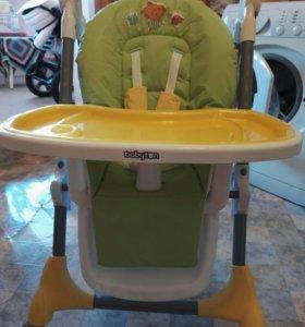 Кресло для кормления ребёнка.