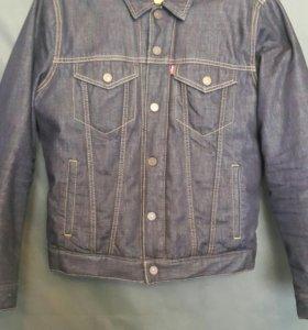 Куртка джинсовая Levis.