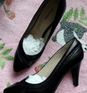 Офисные туфли 40 р-р
