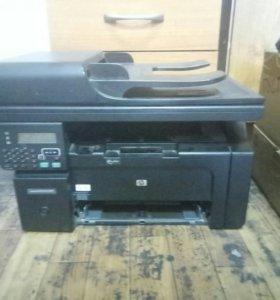 МФУ HP laserjet 1212nf mfp