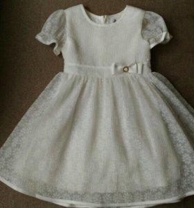 Платье на девочку 98 см