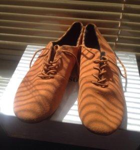 Ботиночки замша,новые