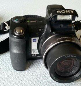 Цифровая камера SONY Cyber Shot DSC-H7