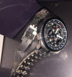 Мужские наручные часы Casio Edifice EF-558D-1A