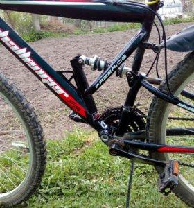 Велосипед спортивный.