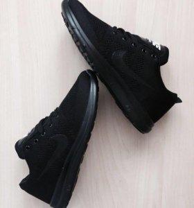 Новые кроссовки,43,44,45