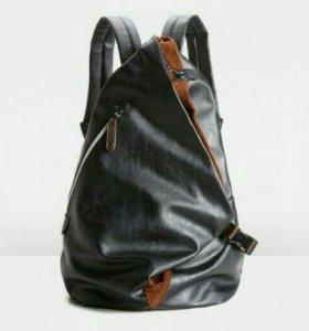 Новый кожаный рюкзак