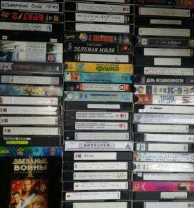 Видеокассеты с фильмами 63шт