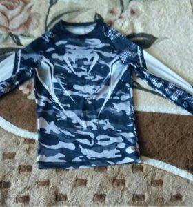 Продаю спортивный костюм VENUM