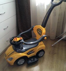 Каталка BabyGo Deluxe Mega Car